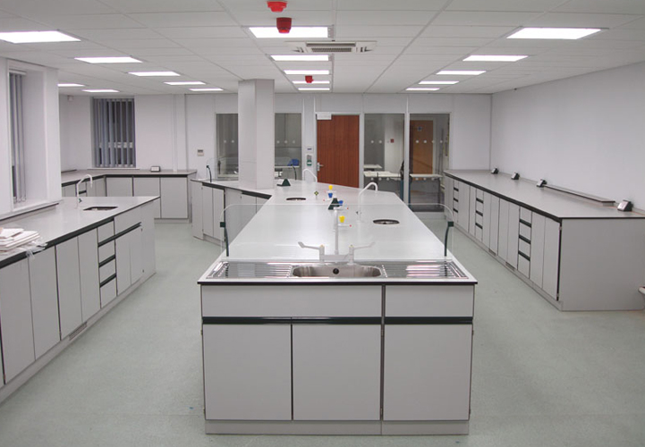Laboratory Furniture Abu Dhabi Medical Industries Amilab